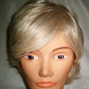 PAULA YOUNG BLEACHEDBLONDE SYNTHETIC HAIR LACE WIG